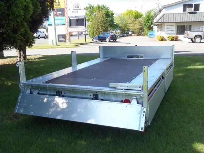 Brain James flat deck trailer